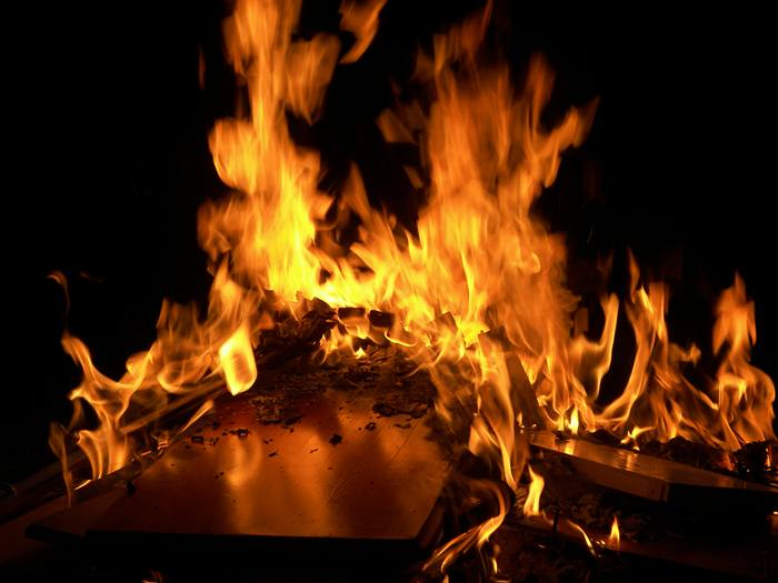 Pożar w Sylwestra - Źródło: sxc.hu / Joel Kingsbury