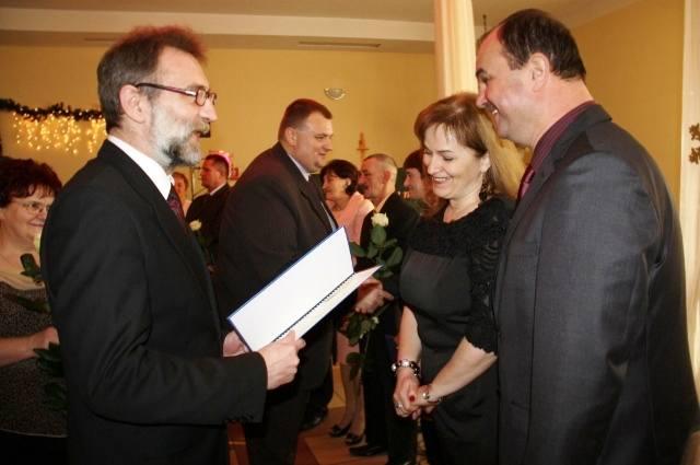 Brudzew: Jubileusz długoletniego pożycia małżeńskiego - Źródło: www.brudzew.pl
