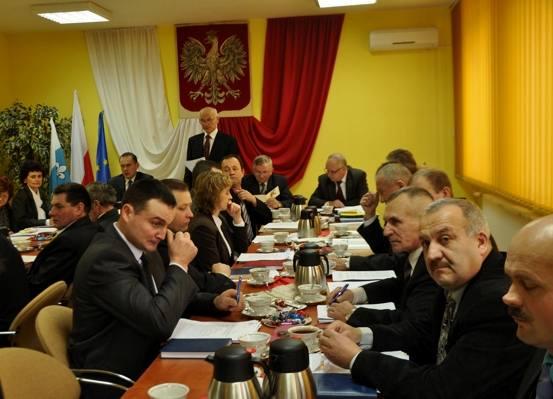XIII Sesja Rady Gminy Przykona - Źródło: www.przykona.pl