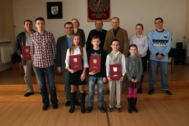 Władysławów: By młodzi mogli sięgać po najwyższe szczyty - Źródło: www.wladyslawow.pl