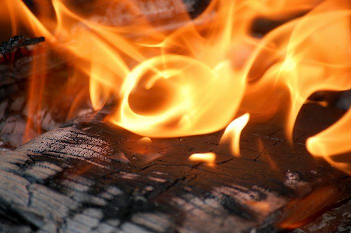 Kto podpalił domek? - Źródło: sxc.hu / Jewell Snell