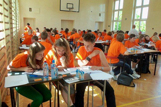 Gimnazjaliści dodawali i mnożyli godzinami - Źródło: Gimnazjum nr 2 w Turku
