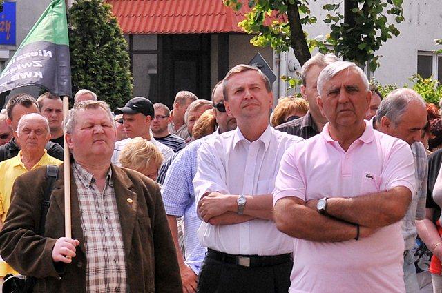 Poseł SLD apeluje w sprawie kopalń - Wielkopolscy Avengersi: poseł Tomaszewski wraz z turkowskimi działaczami SLD