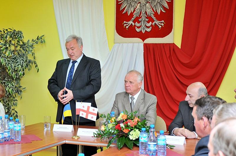 Ambasadorzy w poszukiwaniu dobrych praktyk - Ambasador Ukrainy, Markijan Malskyj oraz Wójt Gminy Przykona M. Broniszewski