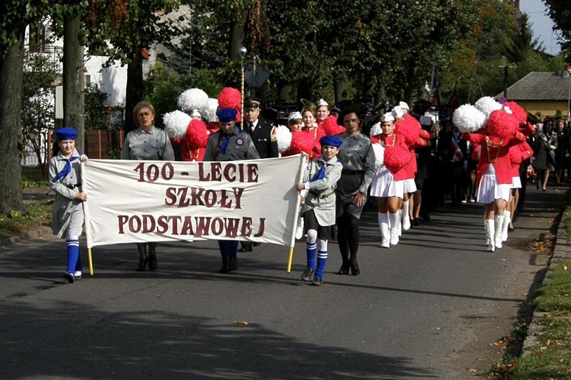 Świętowali 100-lecie SP we Władysławowie