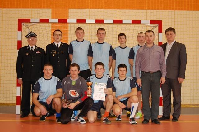 Gminny Turniej Drużyn OSP z terenu gminy Malanów w Halową Piłkę Nożną - Grąbków - zwycięzca turnieju