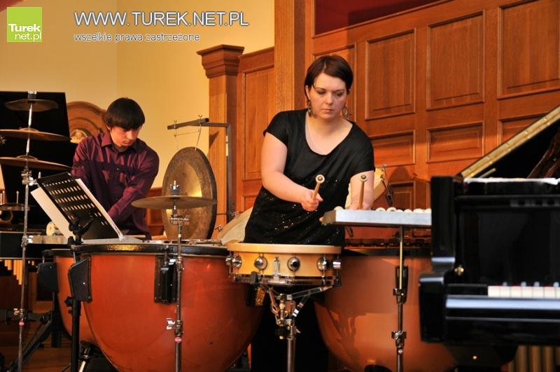 Muzyczna uczta na dwa fortepiany i perkusję