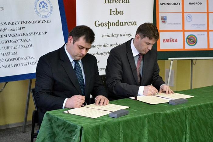 Podpisy złożone, ZST i TIG partnerami
