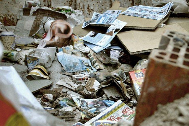 Śmieciowe wtopy nie mają końca - sxc.hu / Robin Rush