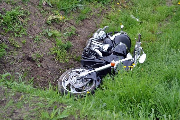 Wypadek pijanego motocyklisty w Cisewie