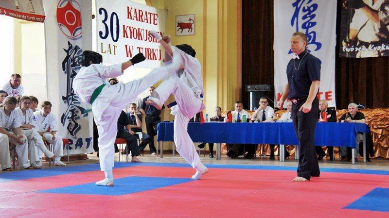 Karate: Konfrontacja dwóch województw