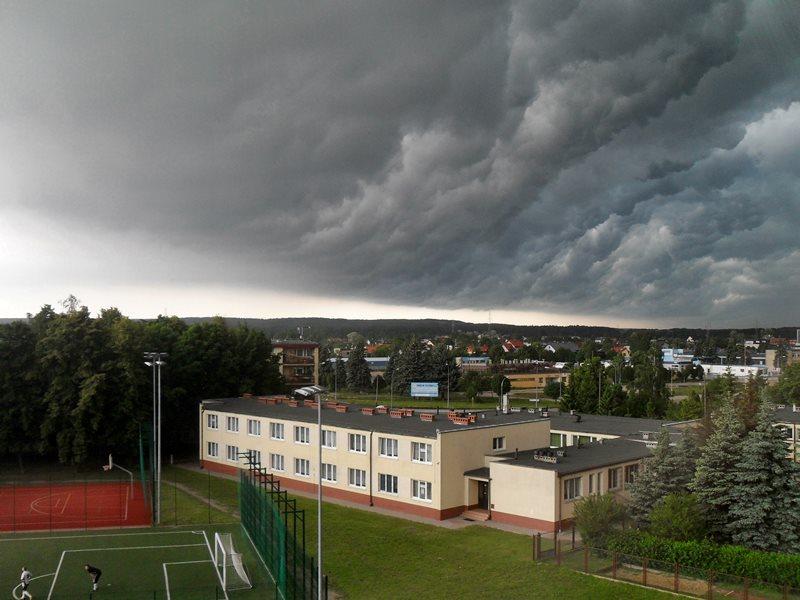 Nadciąga burza... - Foto: Alicja