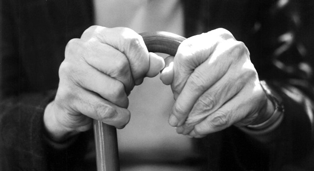 Obiecali pomóc, potem okradli 77-latkę - Źródło: sxc.hu / Gabriella Fabbri