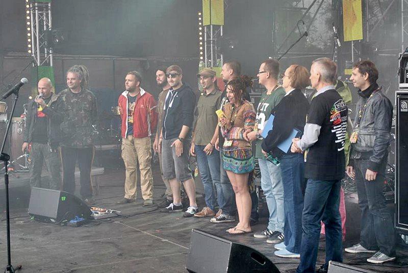 Big Up! najlepszy na Ostróda Reggae Festiwal 2013 - BIG UP! podczas wręczenia nagród Foto: arch. prywatne