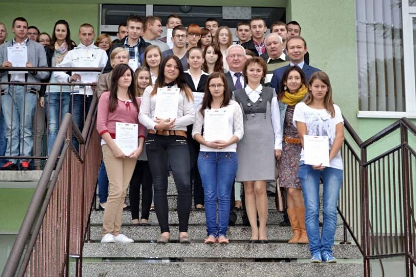 Uczniowie ZSR CKP otrzymali certyfikaty