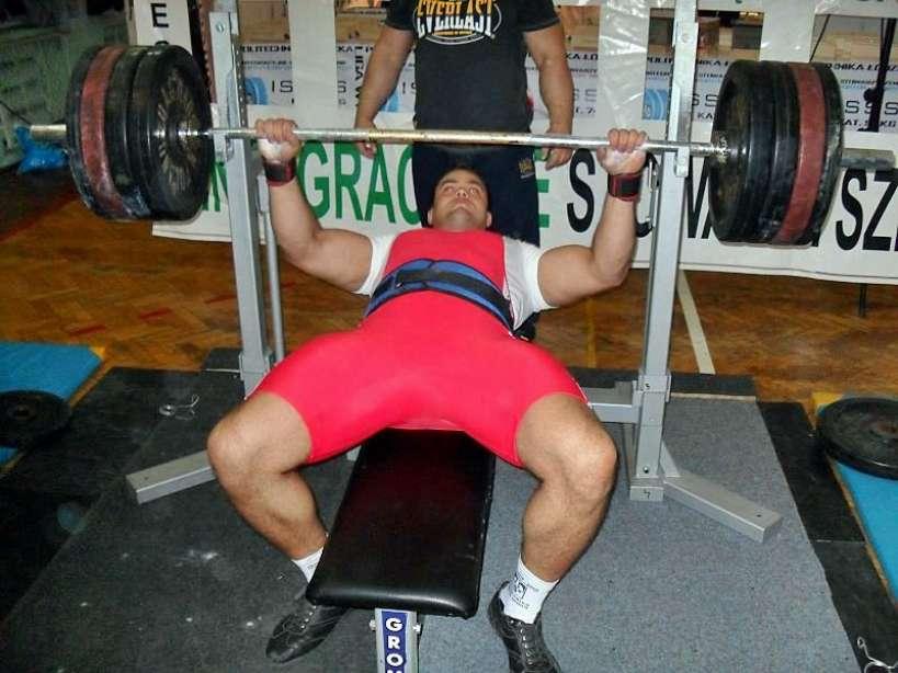 222,5 kg na klatę. Kolejne sukcesy Konrada Fornalczyka - foto: archiwum prywatne zawodnika