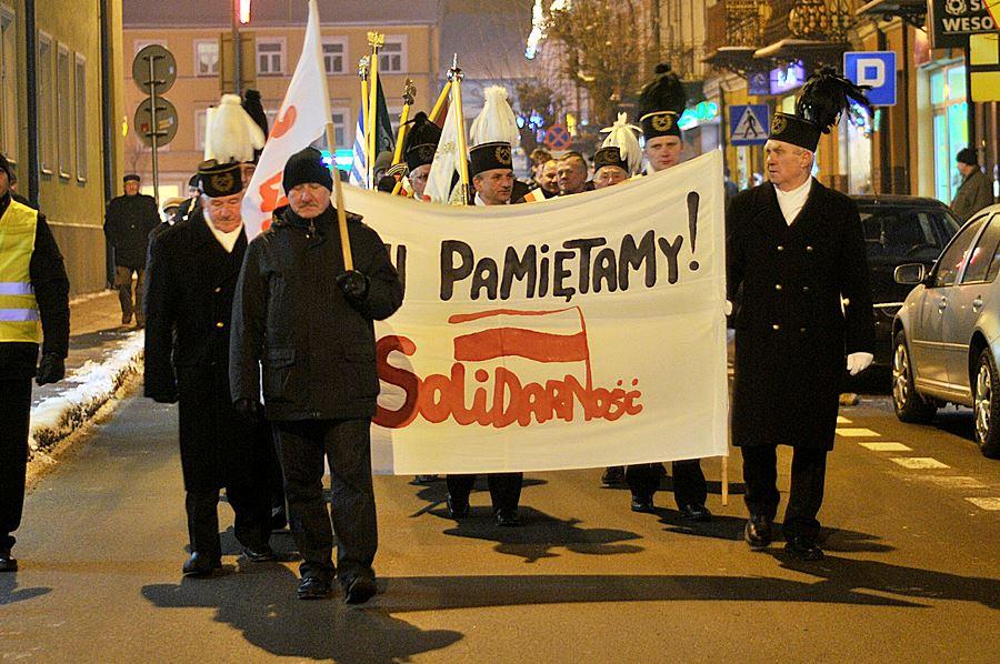 Grudzień 81. - weź udział w Marszu Pamięci - foto: M. Derucki