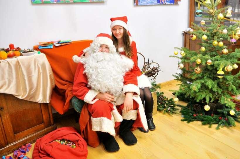 Każdy chciał zobaczyć Świętego Mikołaja - foto: M. Derucki