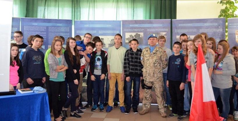 Wystawa Wojsko Polskie w misjach międzynarodowych w Gim. w Słodkowie