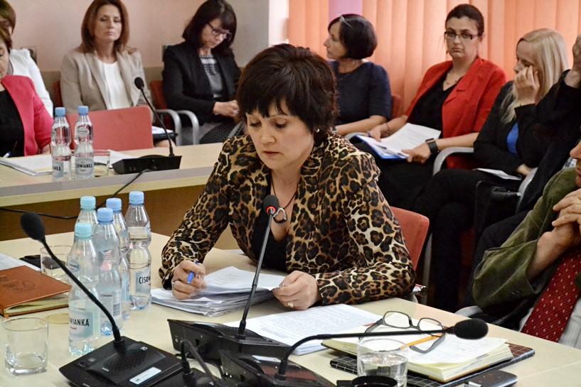 Dzieciątkowska domaga się odwołania dyrektora szpitala - foto: A. Wszędybył