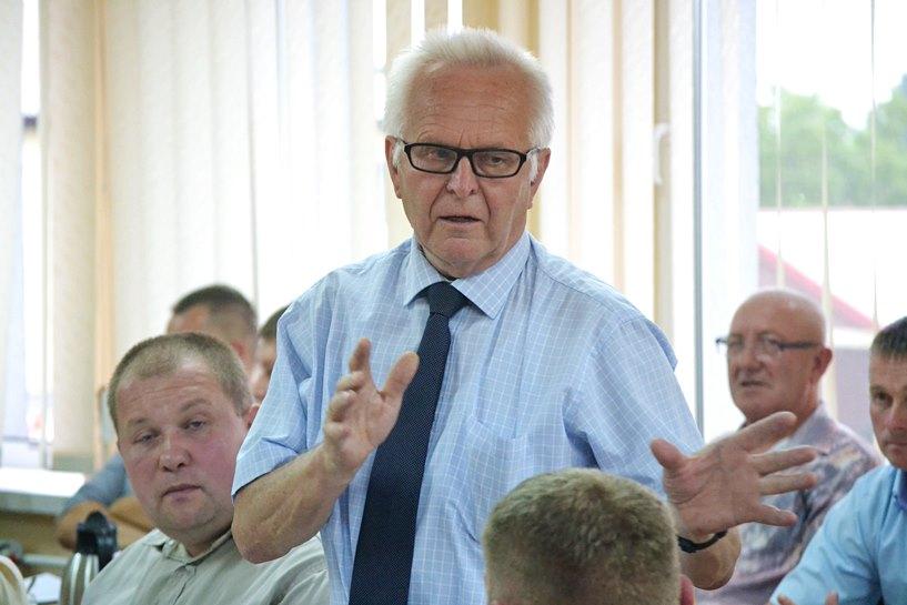 Urban pytał, jak wielu osobom skomplikowała życie reorganizacja SP w Kotwasicach