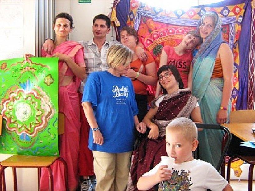 Poznali kulturę Indii w ramach terapii - Foto: podajdalej.org.pl