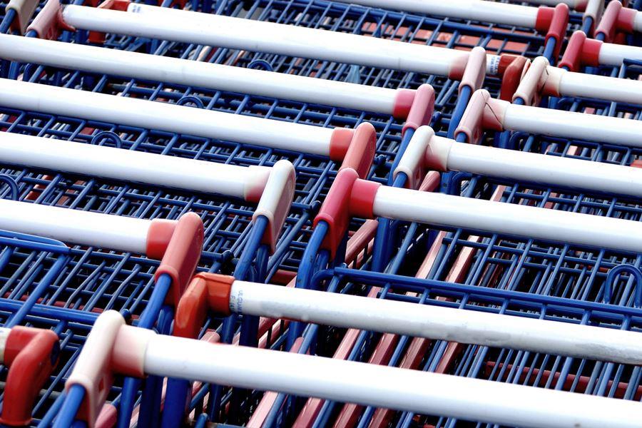 Protest przeciwko kolejnym marketom - Foto: sxc.hu / Carlos Sillero