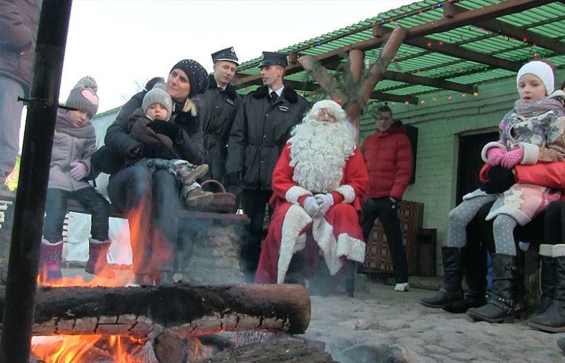 Wideo: Święty Mikołaj z wizytą w Żywej Szopce