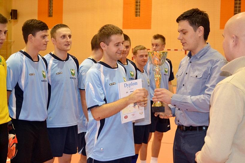 FC Kawęczyn mistrzem Halowej Ligi Piłki Nożnej w Malanowie! - foto: Arkadiusz Wszędybył