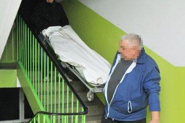 Pokłute ciało 54-latki leżało w mieszkaniu....