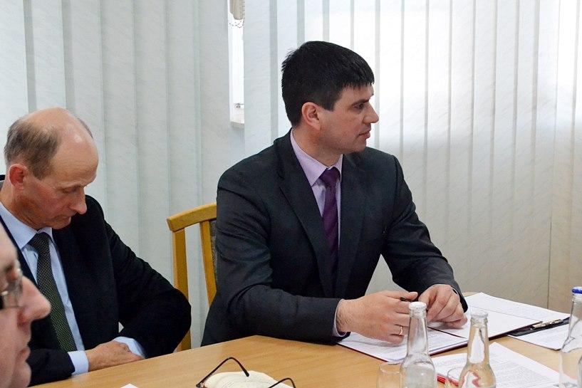 Zalali szpital i lekarzy falą krytyki na sesji Rady Gminy Turek