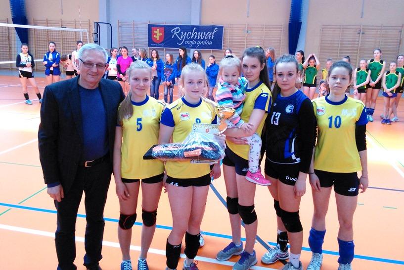 Siatkarki MKS MOS Turek zdobyły Puchar Burmistrza Rychwała!