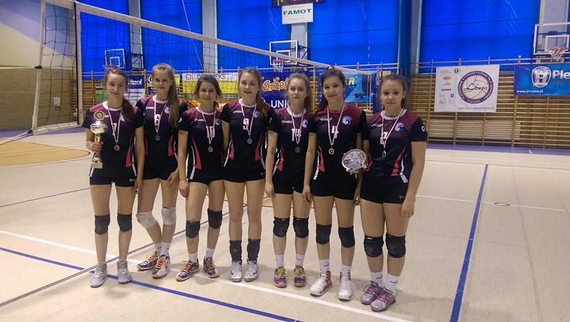 Zawodniczki UKS Piątka Turek rywalizowały w Pleszewie