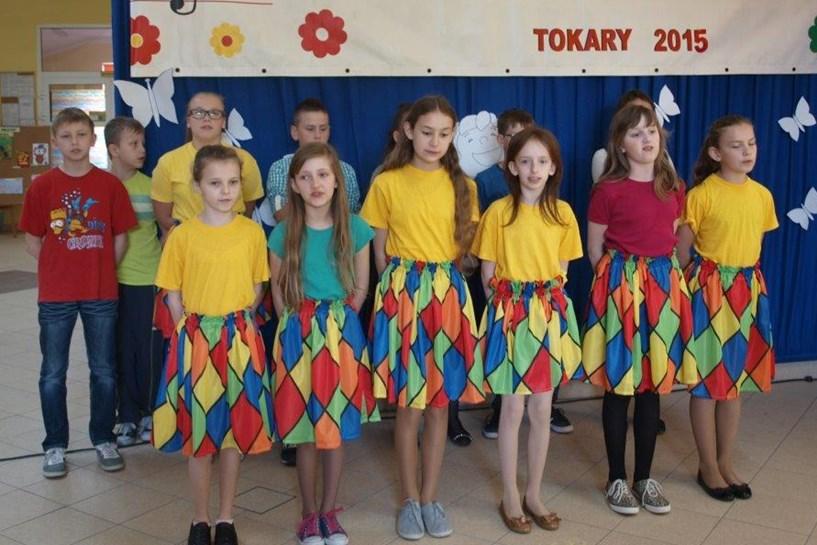 Śpiewali w Tokarach podczas XII Gminnego Festiwalu Piosenki Dziecięcej