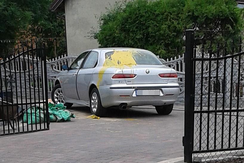Wandalizm w Tuliszkowie. Kto oblał auto farbą? - foto: archiwum prywatne