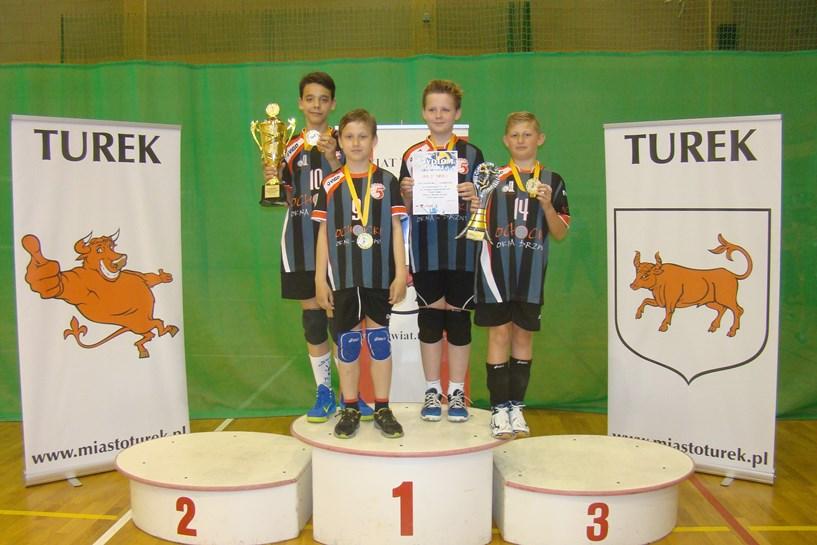 Kolejny znakomity występ chłopców UKS Piątka Turek – rocznik 2003