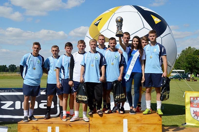 FC Kawęczyn zwycięzcą Turnieju Szóstek Piłkarskich w Dobrej - foto: Arkadiusz Wszędybył