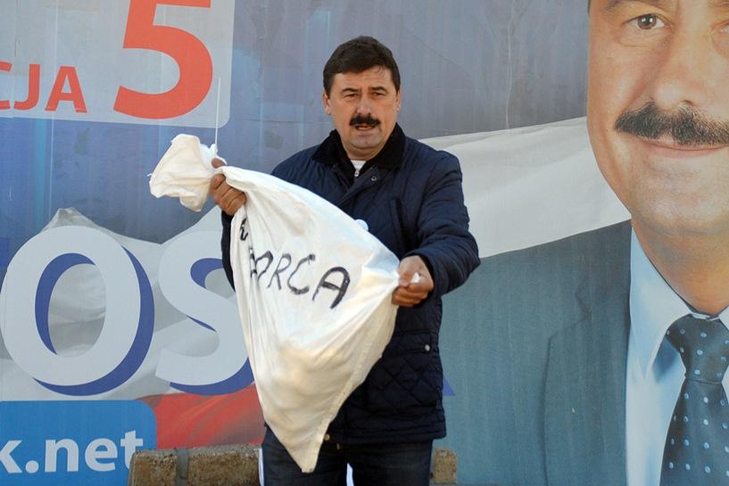 Bartosik: PO traktuje wyborców jak worki kartofli