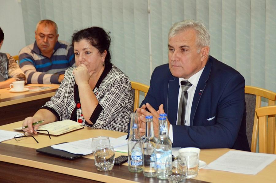 Gm. Turek: Wygrał PiS, więc nie wiedzą, czy rozbudować szkołę w Słodkowie