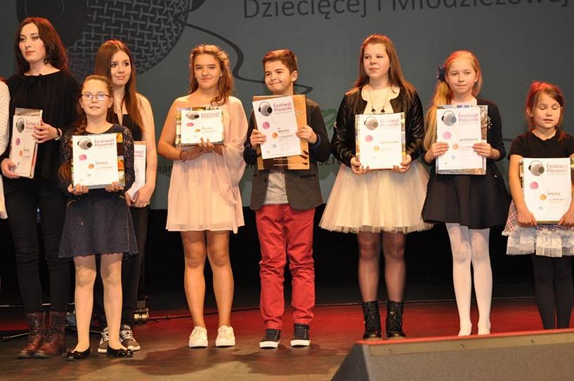 Sukces Oskara na 35 Festiwalu Piosenki Dziecięcej i Młodzieżowej