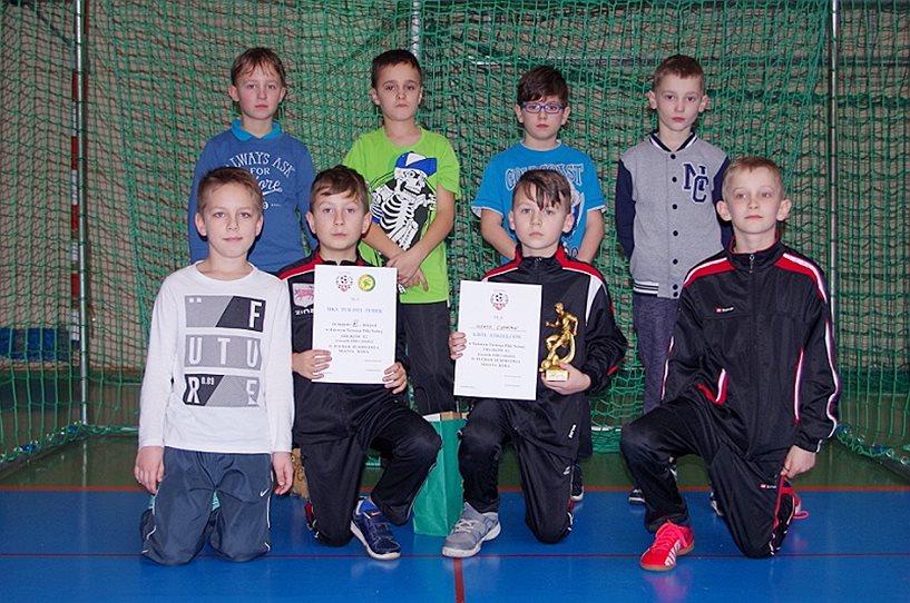 6 miejsce MKS TUR 1921 Turek w turnieju Orlika 2006 w Kole