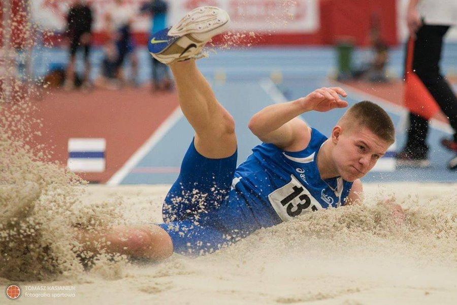 Bartosz Gabka z brązowym medalem Mistrzostw Polski - Foto: Tomasz Kasianiuk Fotografia Sportowa