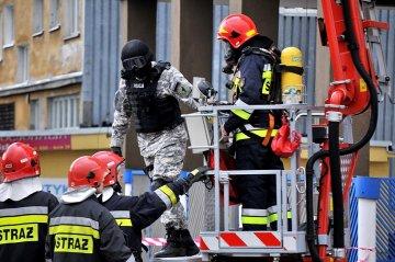 Wideo: Ewakuacja Komendy Policji,...