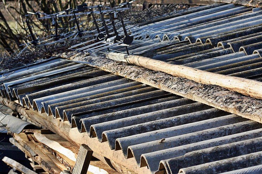 Turek: Dofinansowanie usuwania azbestu - foto: Karol Pilch / commons.wikimedia.org