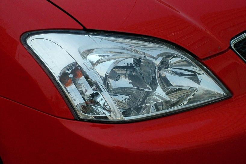 Kolizje, mandaty, ucieczka Lexusem. Nierozsądni kierowcy wciąż stwarzają problem  - foto: freeimages.com / Marius Largu