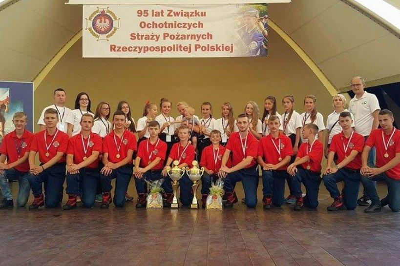 Kawęczyn: Mistrzowie Polski! MDP Głuchów i Żdżary zwyciężyły w Wiśle!