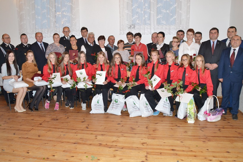 Głuchów: Dziękowali Mistrzom Polski CTIF, trenerom, rodzicom - foto: Arkadiusz Wszędybył