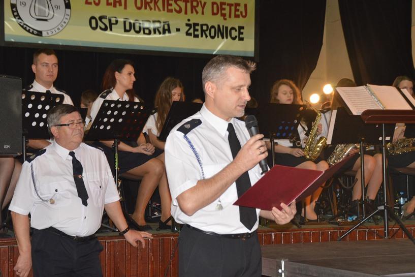 Dobra: Orkiestra Dęta ma już 25 lat! Jubileusz uczcili koncertem - foto: Arkadiusz Wszędybył