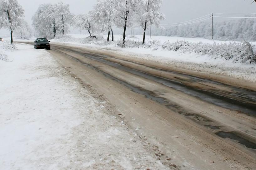 Gm. Turek: Nawet 300% drożej za zimowe utrzymanie dróg? To trzeba było unieważnić - foto: freeimages.com / Herman Brinkman