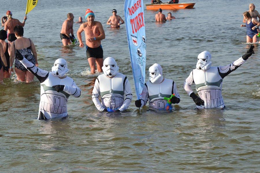 Zmorsowani żołnierze Imperium rozpoczęli sezon - Foto: G. Oblizajek